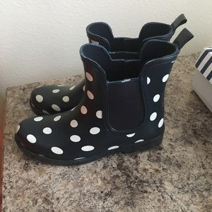 8c092860214f crown   ivy Shoes - Polka Dotted Crown and Ivy Boots